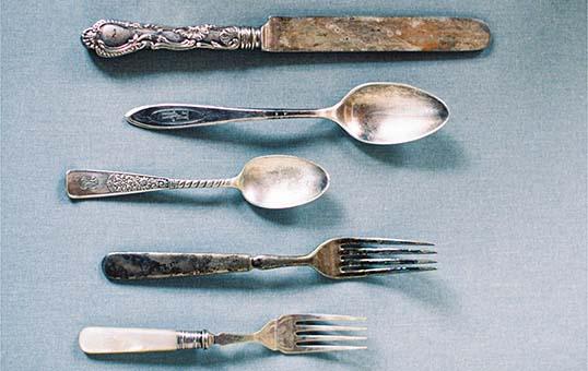 0antique-silverware-burnishing