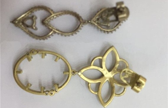 Jewellery parts polishing before and after