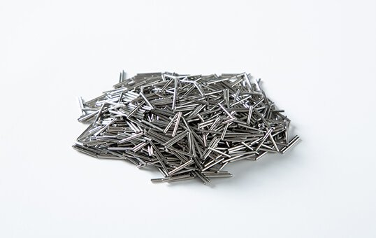 3.-Stainless-steel-pins