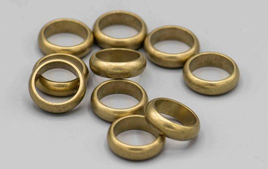 Brass-Ring-Polishing
