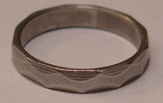 Iron-Ring-Polishing