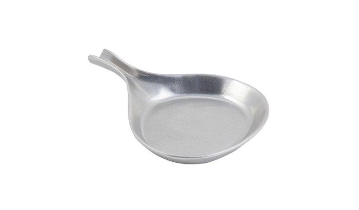 Polishing-aluminum-cast-cookware