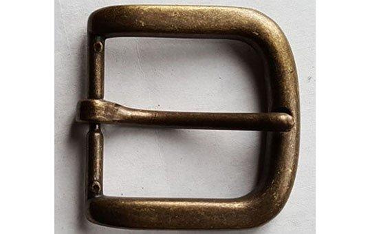 bronze-belt-buckle-polishing