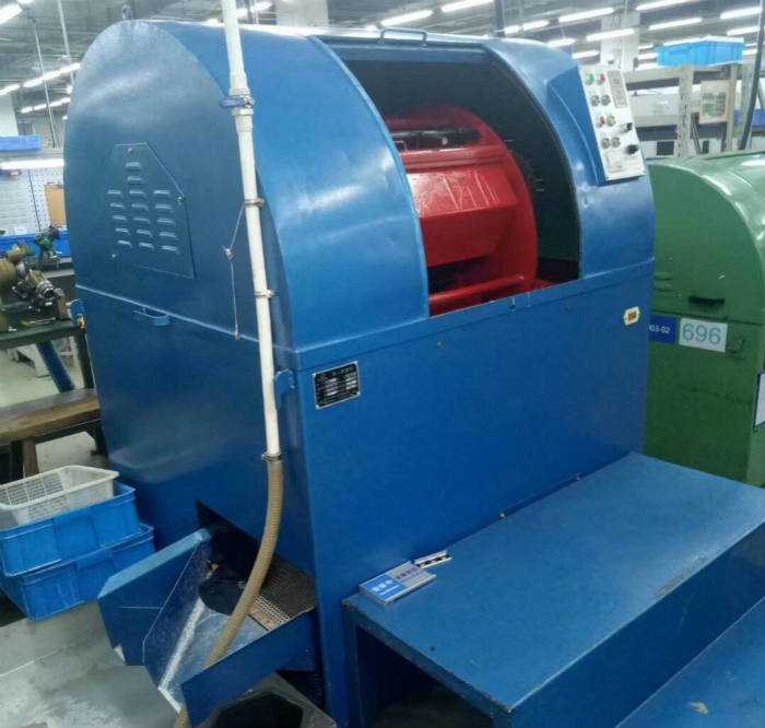 centrifugal-barrel-finishing-machine