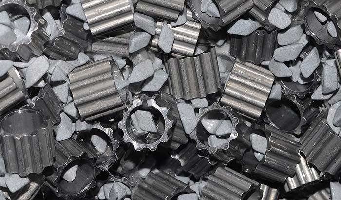 ceramic-deburring-steel-metal-parts
