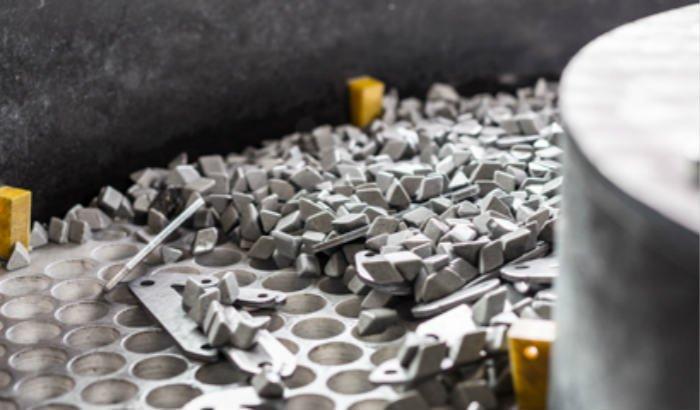 ceramic-media-deburring-parts-and-separation