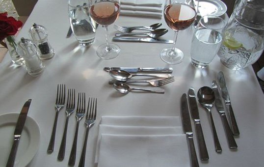cutlery-for-hotels-polishing