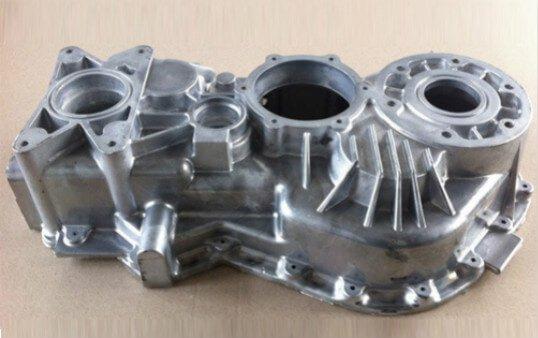 die-casting-aluminum-motorcycle-parts-polishing