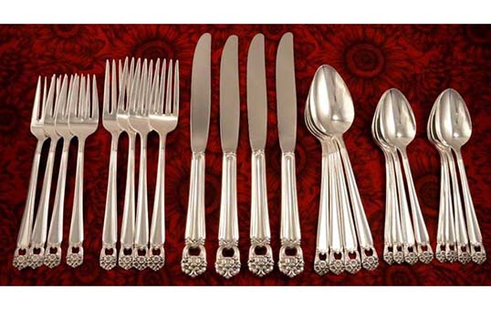 high-end-luxury-silverware-burnishing