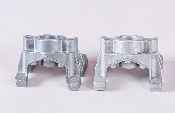 magnesium-parts-before-and-after-deburring-1