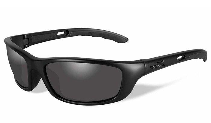 nylon-eyeglass-frame-polishing