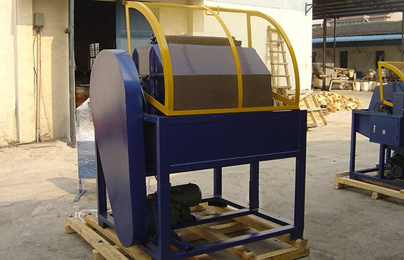 rotary-barrel-tumbling-machine-photos