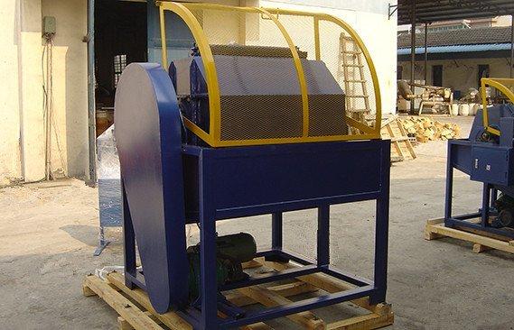 rotary-barrel-tumbling-machine-photos