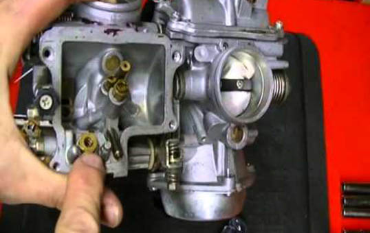 Constant-Vacuum-Carburetor-Polishing
