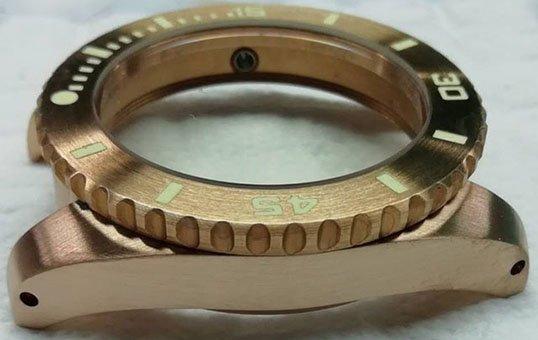 bronze-watch-case-polishing