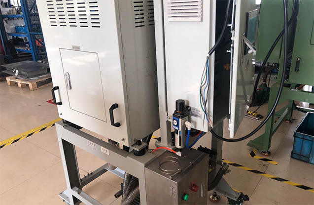Automatic wastewater centrifuge 6
