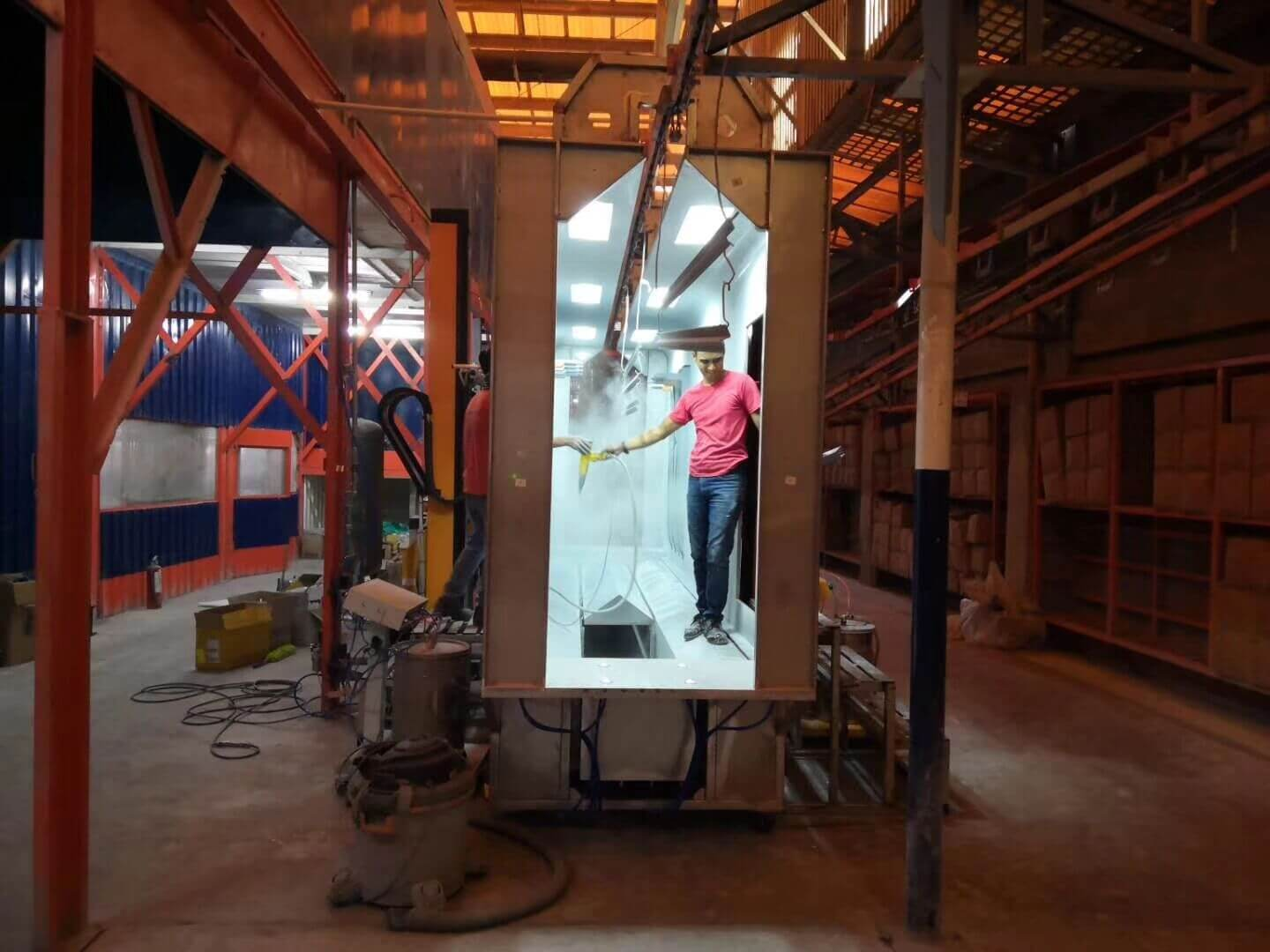 Automatic powder coating booth 1